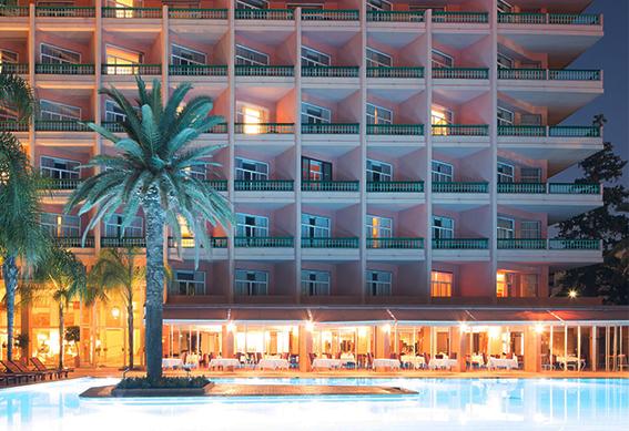 hotel-piscine-nuit-marrakech