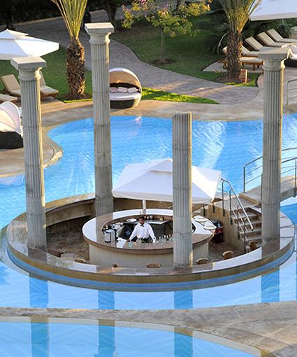 island-bar-piscine-marrakech